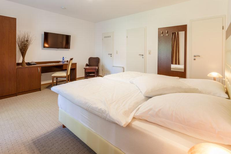 zimmer preise landhotel zur linde verden. Black Bedroom Furniture Sets. Home Design Ideas